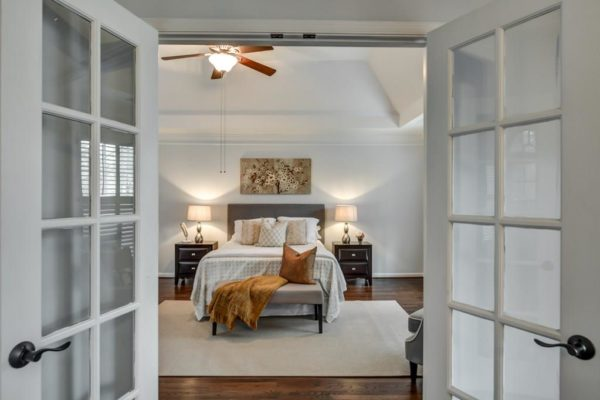 NoVacancyHomeStaging_MasterBedroomPic12