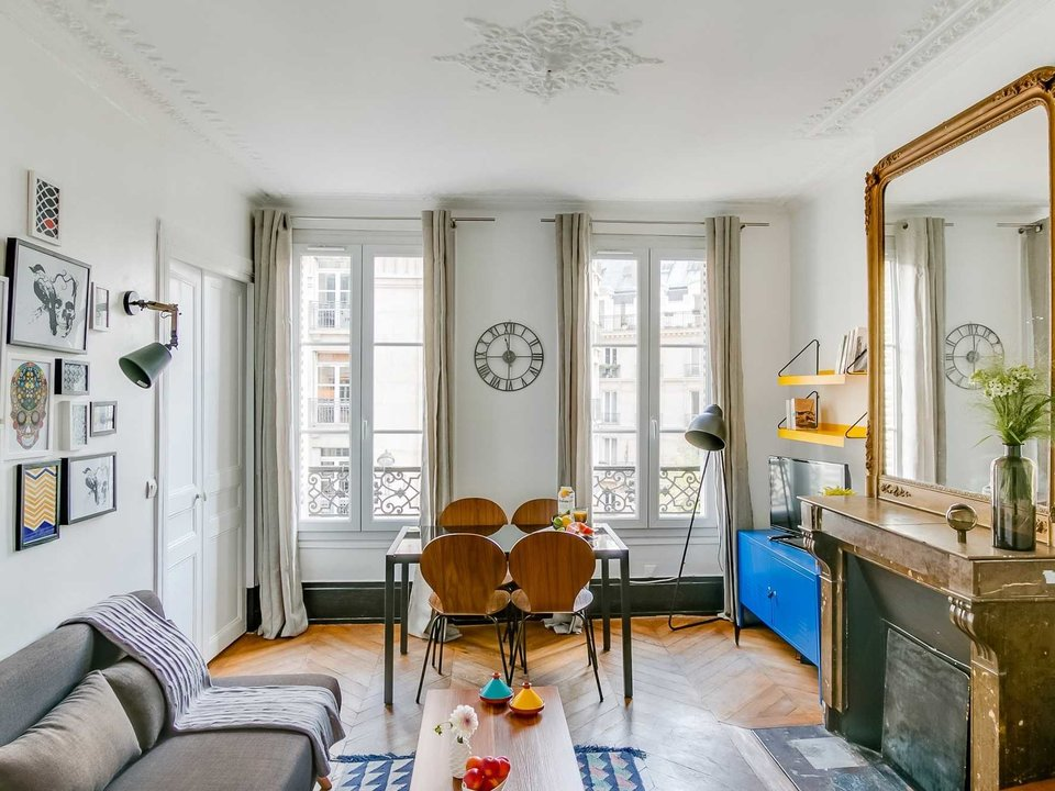 Airbnb Interior Design and Staging Tips to Attract More Guests