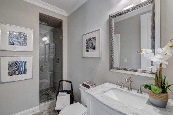NoVacancyHomeStaging_Bathroompic23