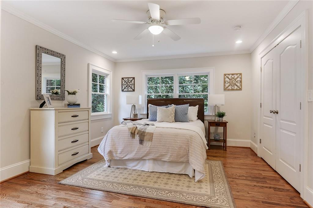 staged room in a real estate listing