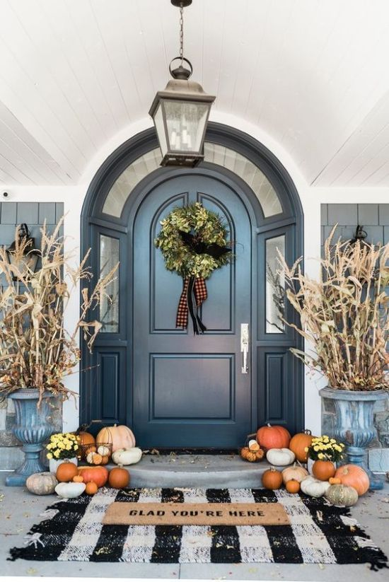 Front outdoor entryway decorated for Fall